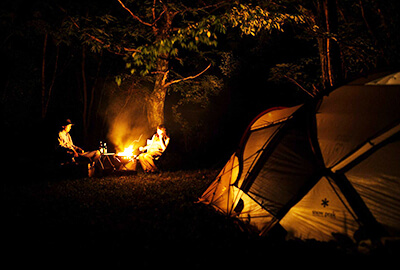 キャンプ夜の様子